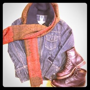 GAP zip-up jean jacket with knit collar